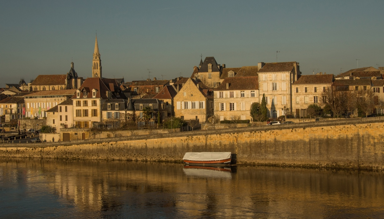 things to do near la maison bois charente, motemboeuf